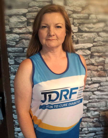 Jill wearing her JDRF ready for the London Marathon