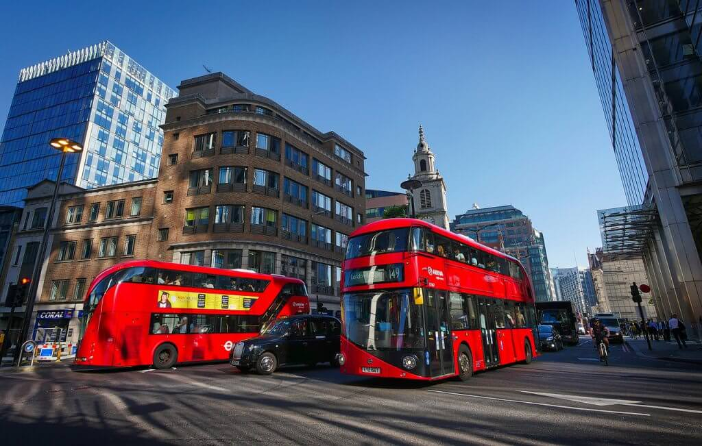moving to london guide